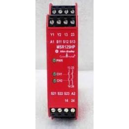 Ρελέ ασφαλείας για Two-Hand Control, 1NC+1NO safety inputs, 2NO Immediate Safety Outputs, 24V AC/DC, Automatic/Manual Reset